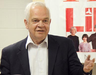 "► John McCallum answering Salam Toronto's question on the growing tension with Iran: ""I'm very much a supporter of Israel, so I can understand if Israel would feel compelled to take unilateral action against Iran."" - Photo by Salam Toronto - March 25th, 2012"