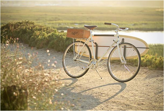 img_almond_linus_summer_bike_2