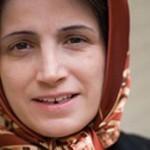 نسرین ستوده در حال گذراندن 6 سال محکومیت زندان است و سهیل پارسا به نمایندگی از او جایزه را دریافت کرد