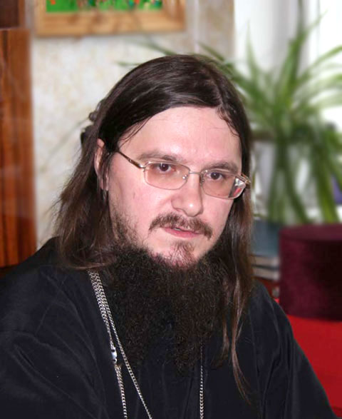 Fedor Makorov is a priest at the Holy Trinity Russian Orthodox Church in Toronto. He had very little knowledge about Nowruz before speaking to Salam Toronto, but finds it similar to Orthodox Christmas.