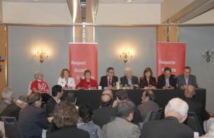 باب ری رهبر موقت حزب لیبرال در میزگرد با نمایندگان جوامع قومی: «آنها (دولت محافظهکار) به دنبال آن نیستند که خط مشیهای مورد درخواست کانادایی ها طی نسل گذشته را در پیش گیرند.» - عکس از سلام تورنتو، شنبه 5 می 2012