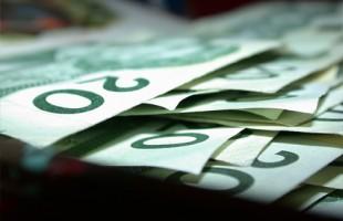 canadian-money2[1]