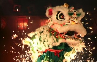 Chinese-new-year-dancing-dragon-copy