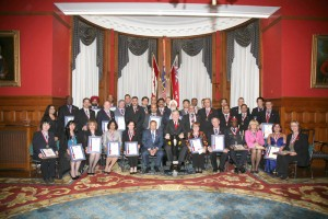 Ontario Lieutenant Governor Mr. David C. Onley, a former Citytv reporter, presented the awards on behalf of the NEPMCC and praised what he called the third media's high quality of balanced reporting.