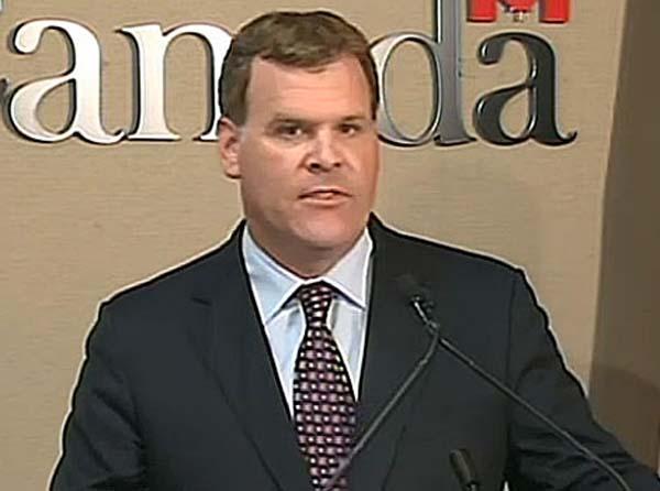 جان بیرد، وزیر امورخارجه کانادا، روز سه شنبه اعلام کرد به دلیل سرپیچی ایران از پذیرفتن شرایط بینالمللی در مورد پرونده هستهای، کانادا تحریمهای شدیدتری برای منزوی کردن ایران از سیستم مالی جهانی اعمال میکند.