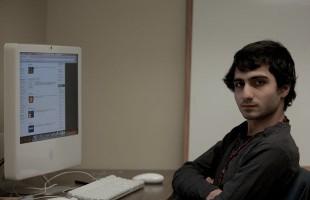 احمد ال خباز دانش آموز مونترالی که توانست کامپیوتر کالج داوسون در کبک را هک کند
