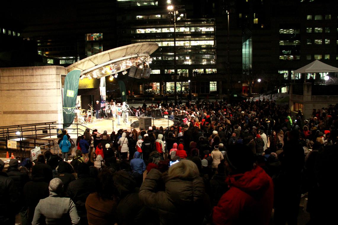 مراسم چهارشنبهسوری با حضور بیش از ۳ هزار شرکت کننده در میدان مللستمن تورنتو