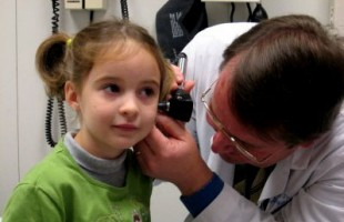 bamc_ear_exam_child