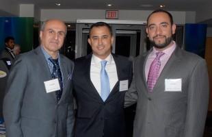 از راست: رضا قاضی، مایکل پارسا و دکتر داوود کفایی در سمینار سرمایه گذاری در منطقه یورک