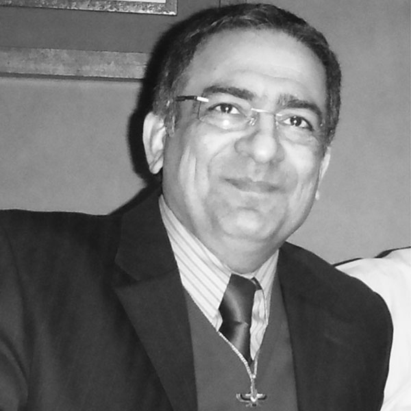 بیوگرافی و اولویتهای بهمن رودگرنیا