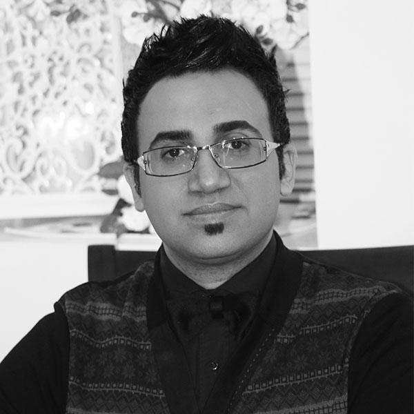 بیوگرافی و اولویتهای آرشام پارسی