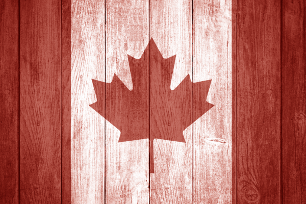wooden-canadian-flag