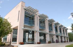 کتابخانه مرکزی ریچموندهیل