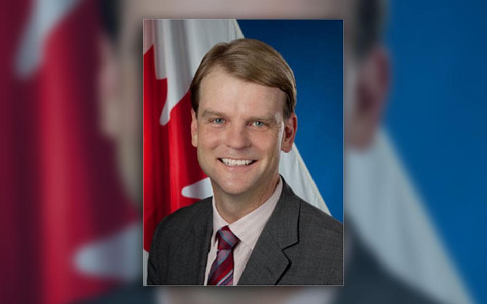 کریس الکساندر، وزیر شهروندی و مهاجرت کانادا