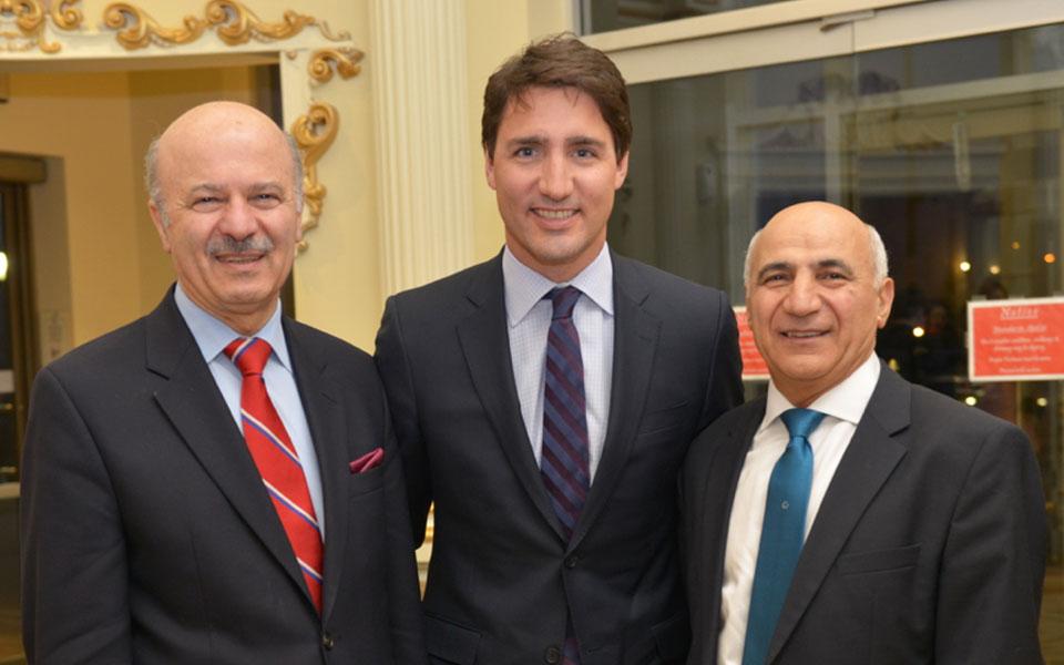 جاستین ترودو در جشن نوروزی بهاران در میان دکتر رضا مریدی (چپ)و علی وکیلی (راست) Photo By: Royal Dream