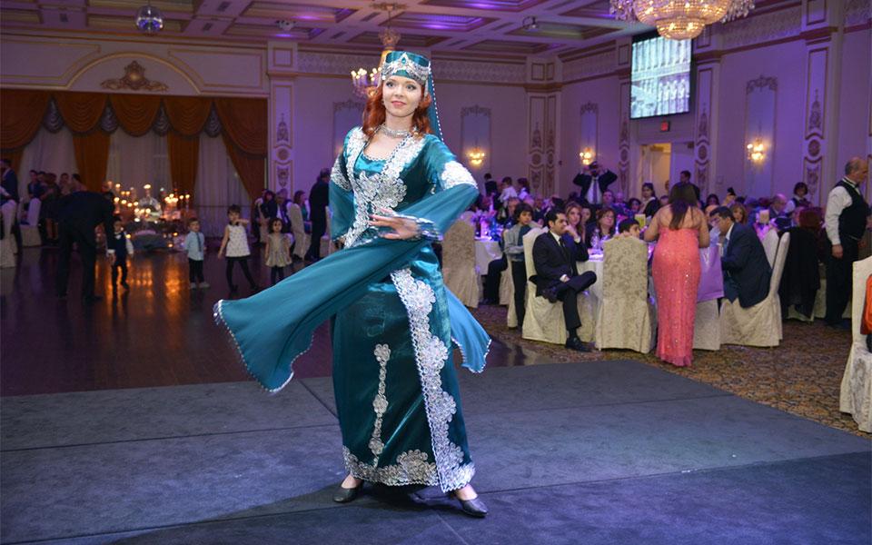 رقص فولکلور ایرانی در  بنکوئت هال Venetian  Photo By: Royal Dream