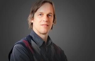پرفسور ریچارد فولتز سرپرست  مرکز ایرانشناسی دانشگاه کنکوردیا