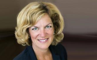 پاملا گولداسمیت ـ جونز نماینده  ونکوور وست ـ سان شاین در پارلمان کانادا و دستیار پارلمانی وزیر امور خارجه