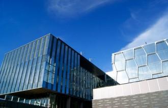 دانشگاه واترلو اولین دانشگاهی است که سیستم Co-op را در کانادا معرفی کرد