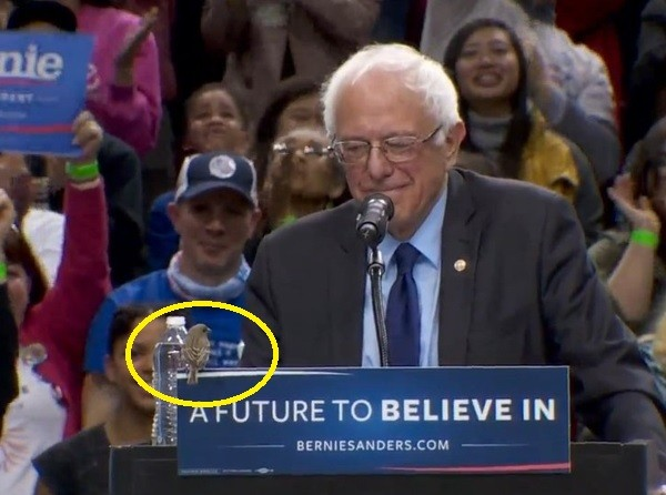 Feel The Bird: A little bird interrupts Bernie Sanders and joins him at the lectern at rally in Portland, Oregon.