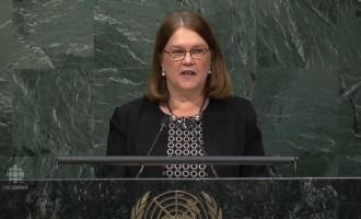 جین فیلپات وزیر بهداشت و درمان کانادا در سازمان ملل