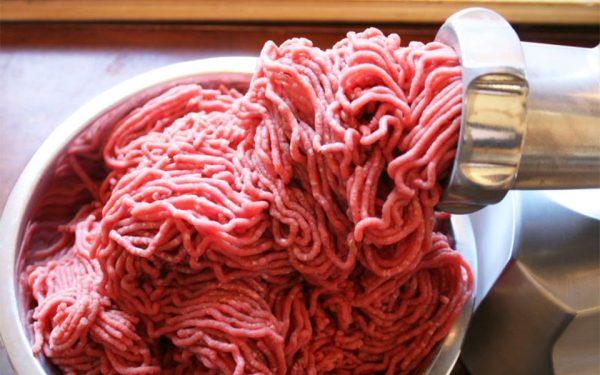 کیفیت گوشت چرخ کرده بر اساس میزان چربی آن تعیین می شود.