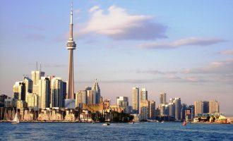 در گزارش قبلی این موسسه که در سال 2014 منتشر شده بود تورنتو در رتبه چهارم بود. بدین ترتیب در گزارش امسال تورنتو یک رتبه بالاتر آمده.