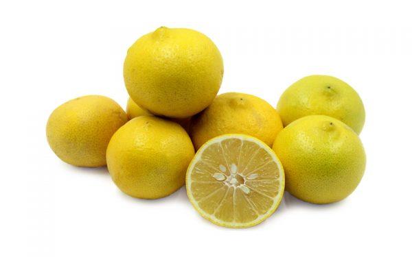لیموشیرین دارای مقدار قابل توجهی ویتامین ث، ویتامین آ و پتاسیم است.