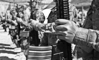 هیچ کس خواهان بقای طالبان نیست، اما بسیاری نگران اقوام و بستگان خود هستند.