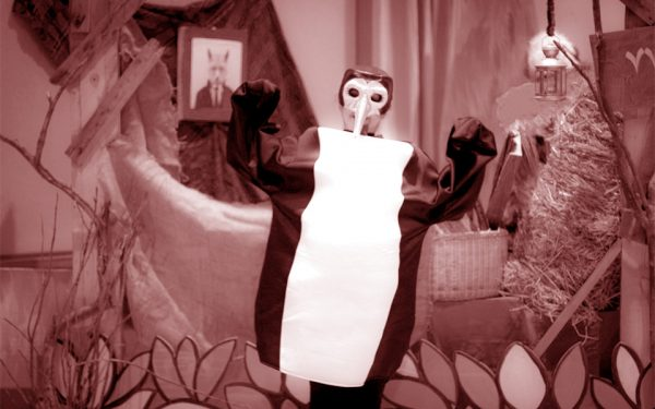 "Sara Salahi, Acting the role of Penguin  in ""Khoroos Zari Pirhan Pari"""