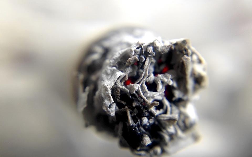 اپيودها مواد تسکين دهنده درد هستند که به شدت اعتيادآور هستند.
