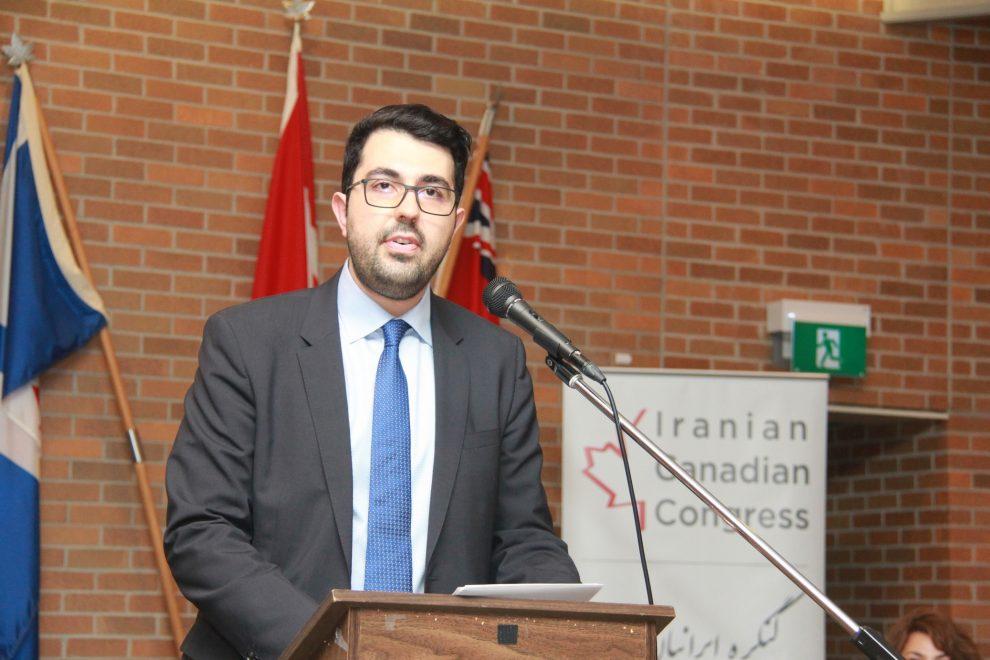 بیژن احمدی رئیس هیئت مدیره کنگره گزارشی از فعالیتهای یکسال گذشته را به مجمع ارائه کرد