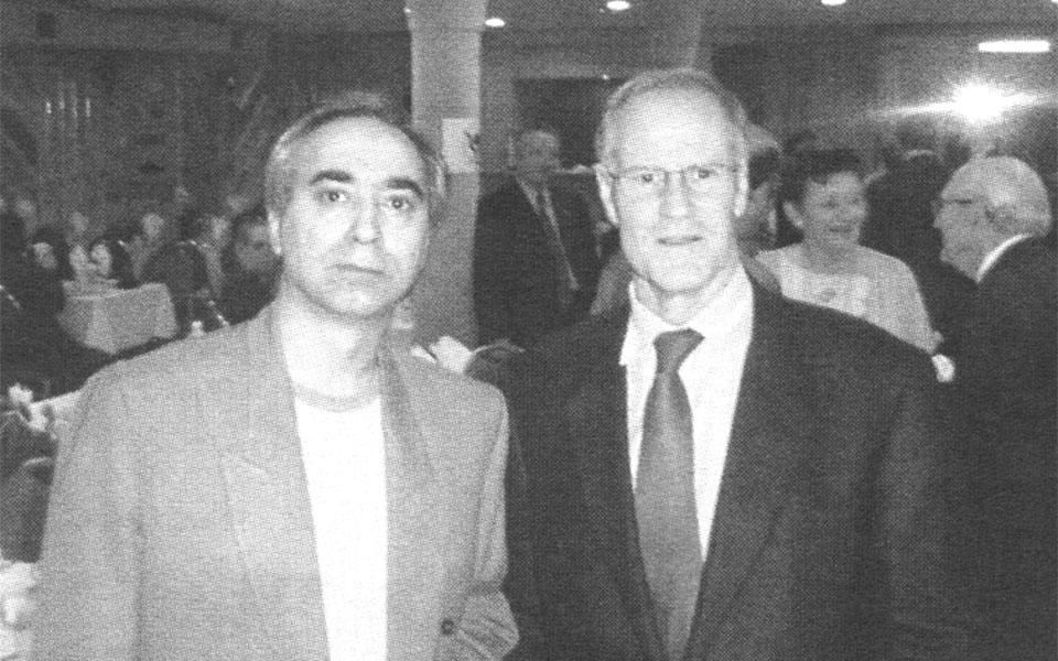 بیل گراهام وزیر امور خارجه کانادا و محسن تقوی سردبیر سلام تورنتو