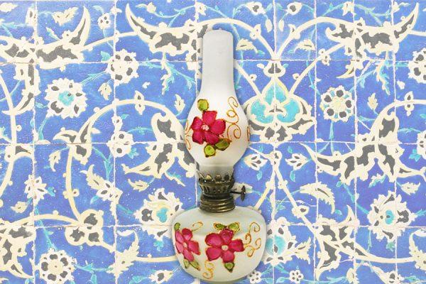 نمایشگاه سالانه صنایع دستی تهران ـ نقاشی روی شیشه، محصول کارگاه جم  (کرج)