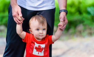 اگرچه کسانی که شهروندی را از راه نسب کسب کرده اند توانشان برای انتقال شهروندیشان محدود است، ولی مانند بقیه شهروندان کانادا از همه حقوق و مزایای شهروندی در کانادا برخوردارند.