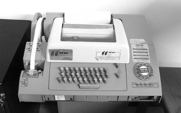 تله تایپ مدل 32 استفاده شده برای سرویس تلکس