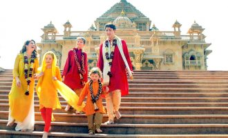 Canadian Prime Minister Justin Trudeau with his family members at the Swaminarayan Akshardham Temple in Gandhinagar-Hindustan Times