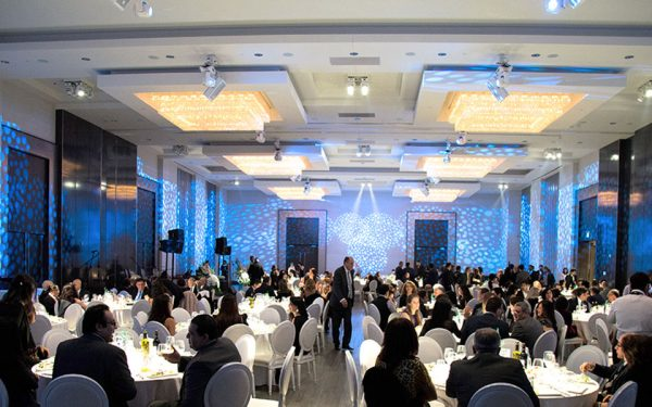 جمعه دوم فوریه 2018- در دومین گالای سیمرغ کنگره ایرانیان کانادا نزدیک به 350 تن از اعضای کامیونیتی در کنار تعدادی از چهره های سیاسی- اجتماعی کانادا حضور داشتند.