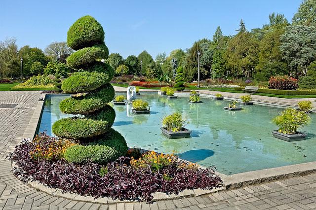 وینزور شهری است با پارک ها و گلخانه های متعدد. این شهررا شهر رز نیز نامیده اند.