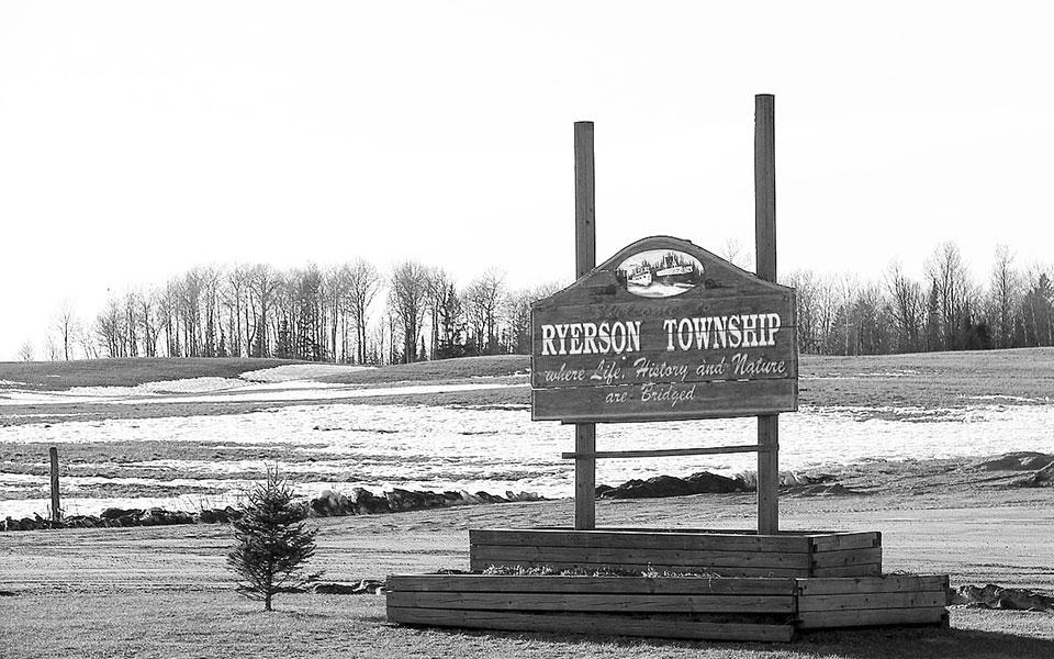 «رایرسون تاون شیپ» روستایی در سیصد کیلومتری شمال تورنتو