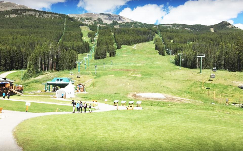 منطقه اسکی لیک لوییز