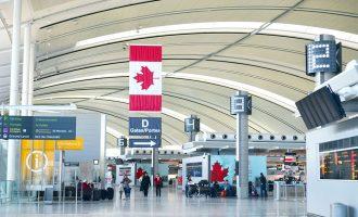 مسافران از رفتار ماموران مرزی کانادا ناراضی هستند