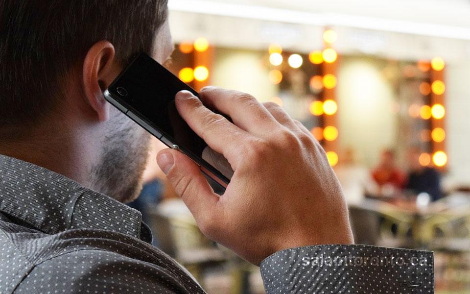 شیادان تلفنی در تماس های تلفنی با کانادایی ها خود را ماموران آژانس مالیات کانادا ـ  CRA ـ جا می زنند