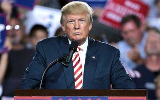 دولت ترامپ گفته اجازه می دهد کمپانی های خارجی که با اموال مصادره شده کمپانی های آمریکایی در کوبا مرتبط باشند، سو شوند.