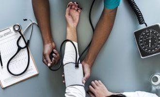 داروسازان انتاریو ممکن است به زودی بتوانند برای بیماریهای معین، نسخه بدهند.