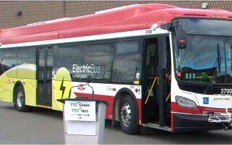 اولین اتوبوس برقی در سیستم حمل و نقل عمومی تورنتو به کار افتاد