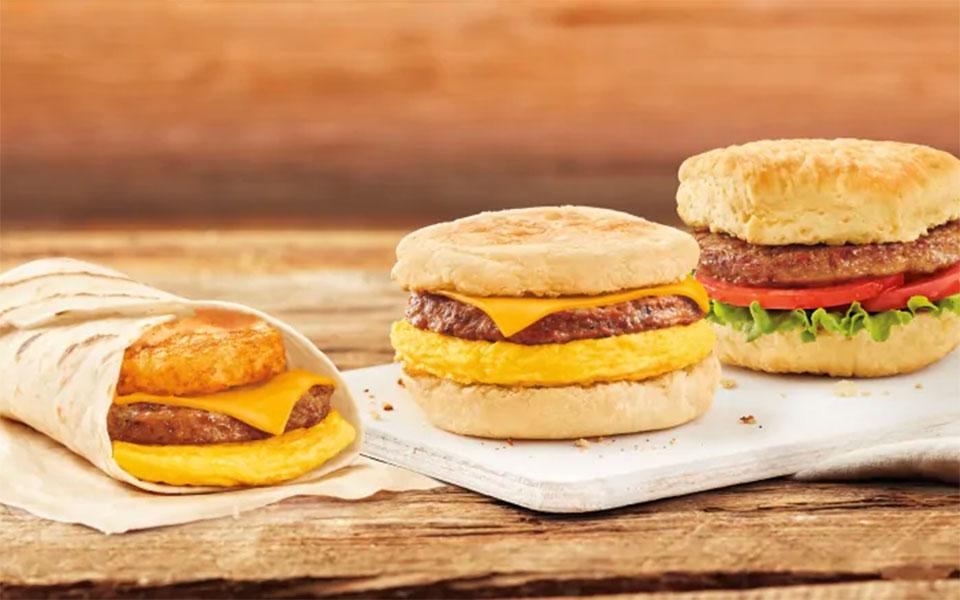 تیم هورتنز ـ زنجیره قهوه و دونات تیم هورتنز از این پس در تمام چهار هزار شعبه خود در کانادا صبح ها ساندویچ های سوسیس گیاهی ارائه می دهد.